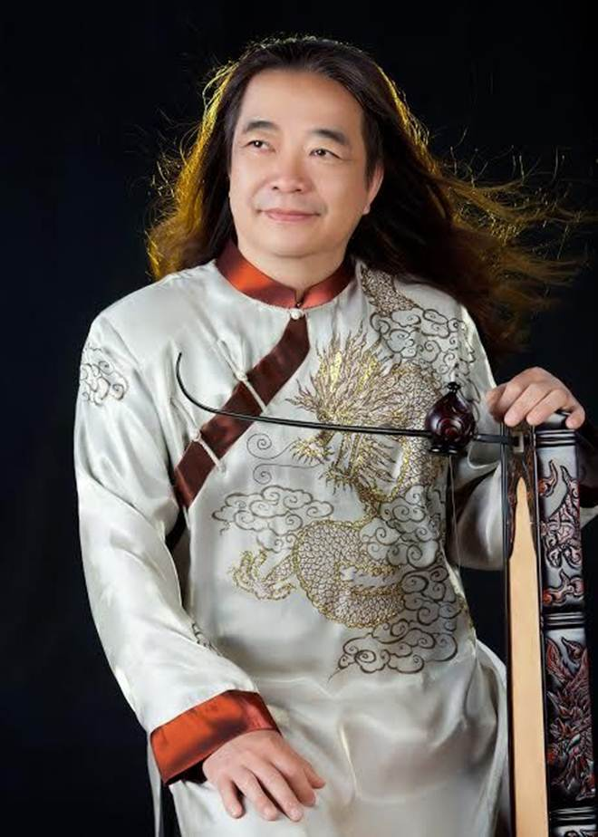 Quang Lê dò đầu thử sức ca lạc đỏ đồng Trọng Tấn - 1