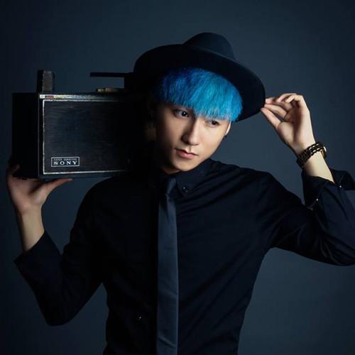 Phong cách kỳ lạ của Sơn Tùng MTP - nam ca sĩ tuổi Tuất trẻ nhất Vbiz - 1