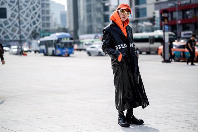 Phong cách kỳ lạ của Sơn Tùng MTP - nam ca sĩ tuổi Tuất trẻ nhất Vbiz - 6