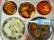 Bữa trưa tại trường học ở các nước có những gì?
