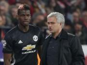 """MU đại chiến Chelsea: Những câu hỏi  """" hại não """"  cho Mourinho"""