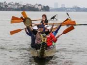 Háo hức xem VĐV luyện tập cho lễ hội đặc biệt lần đầu tổ chức ở Hồ Tây