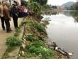 Người đàn ông chết bất thường dưới sông cạnh xe máy