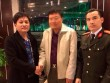 Nữ nhân viên khách sạn nhặt được cặp nhẫn trị giá 23.000 USD