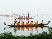 Lễ hội đua thuyền Hồ Tây: Đội Hà Nội đua kiểu lạ