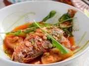Giải ngán đầu năm với cá sốt củ cải mềm mọng hấp dẫn