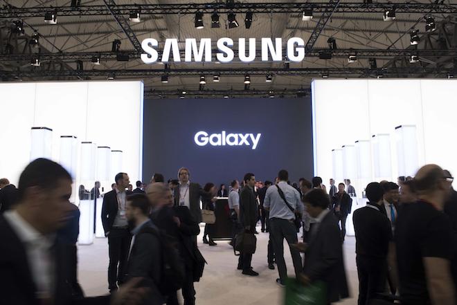 TRỰC TIẾP: Nhiều ảnh rõ vẻ thứ ấm phẩm Galaxy S9 rò ri rỉ trước bây giờ G - 1