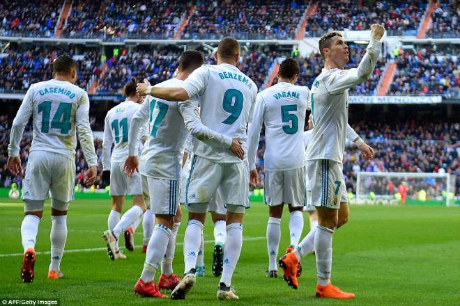 Vua Ronaldo 300 bàn tại Liga: Real thăng hoa, gia nhập