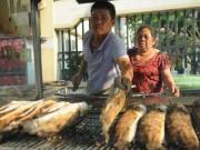Vàng, cá lóc  xuất xưởng  trong ngày vía Thần Tài ở Sài Gòn