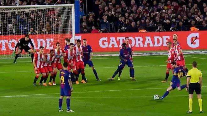 """Messi thiên tài bắt chước: Ronaldinho, Maradona, Cruyff """"dung hợp"""" - 1"""