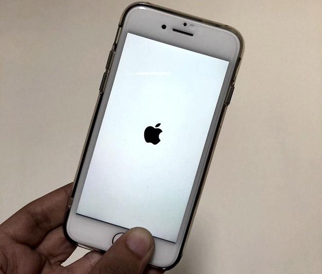 Khắc phục sự cố iPhone 8 hoặc 8 Plus bị treo logo khi khởi động - 1