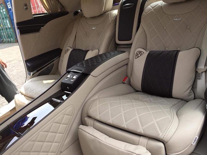 Mercedes-MayBach S600 Pullman về đến Việt Nam - 4