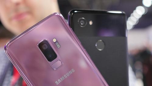 """Samsung Galaxy S9+ với Google Pixel 2 XL: """"Mèo nào cắn mỉu nào""""? - 4"""