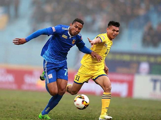 Cầu thủ U-23 Việt Nam phải sống chung với áp lực - 1