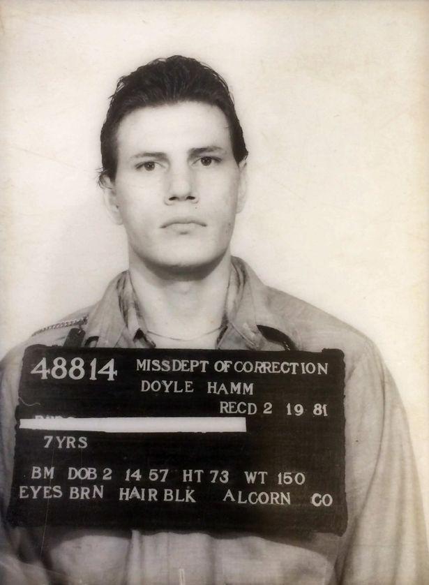Trải nghiệm hãi hùng của tử tù Mỹ bị xử tử mãi không chết - 4