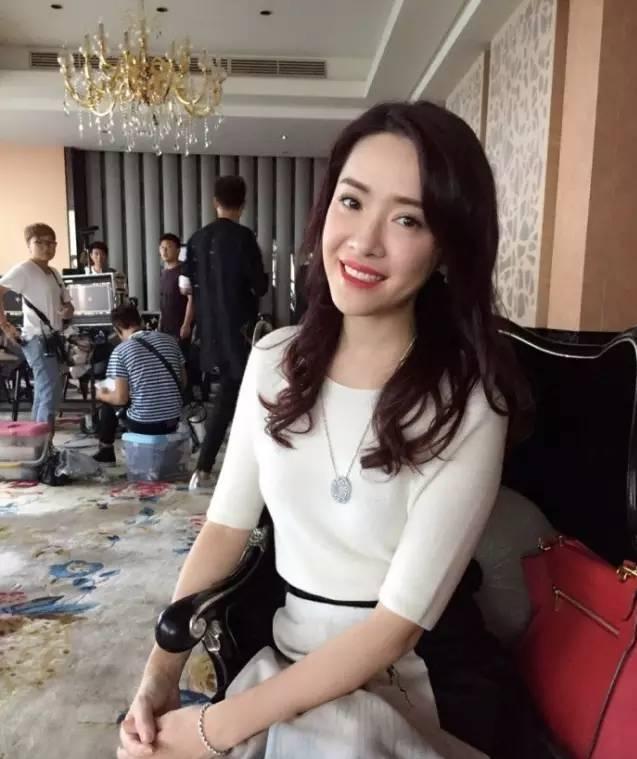 """""""Dương Quý Phi đẹp nhất Trung Quốc"""" lần đầu hé lộ lý do rời TVB - 3"""