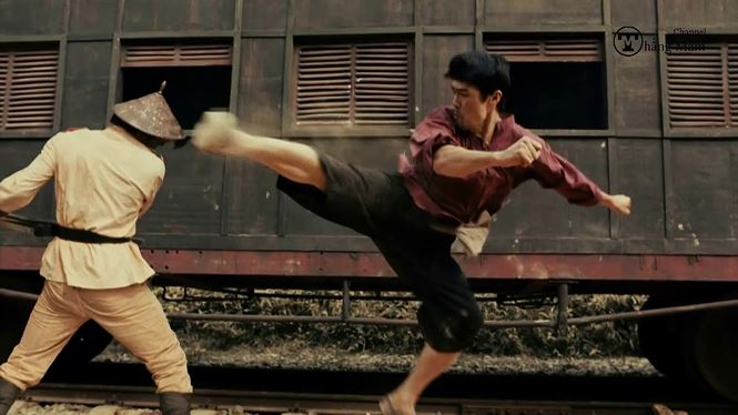 Cú đá của Johnny Trí Nguyễn trên phim khiến Flores hâm mộ và thách đấu - 3