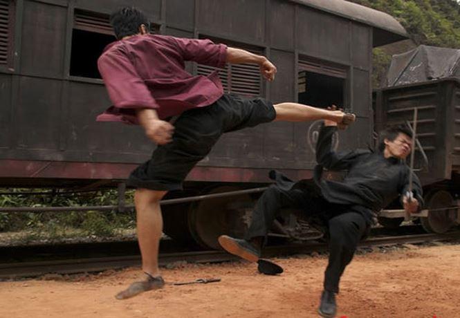 Cú đá của Johnny Trí Nguyễn trên phim khiến Flores hâm mộ và thách đấu - 4