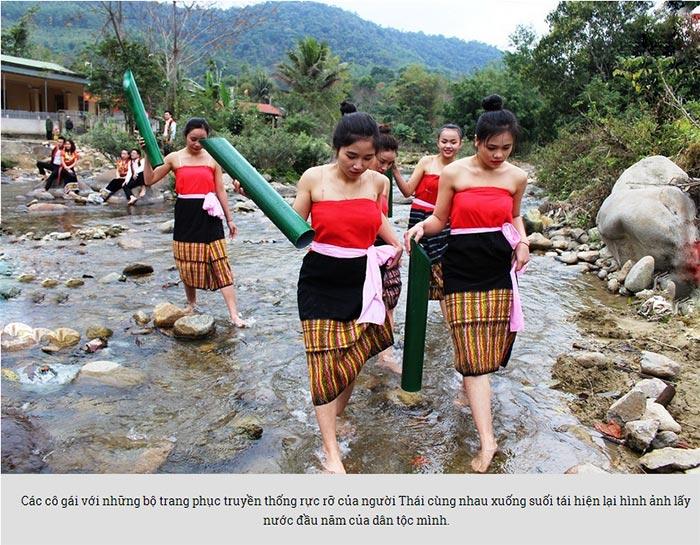 Đẹp mê hồn thiếu nữ Thái xuống suối lấy nước đầu Xuân - 2