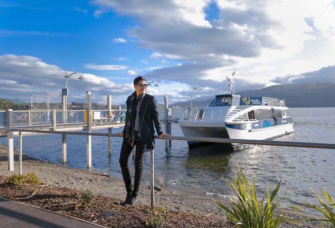 Nguyên Khang mắc kẹt giữa bão Gita ở New Zealand khi du lịch cùng mẹ - 2