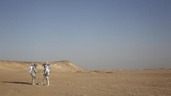 Điều kiện khắc nghiệt của sa mạc Dhofar ở Oman khiến nơi đây là địa điểm lý tưởng để trải nghiệm môi trường như trên sao Hỏa.