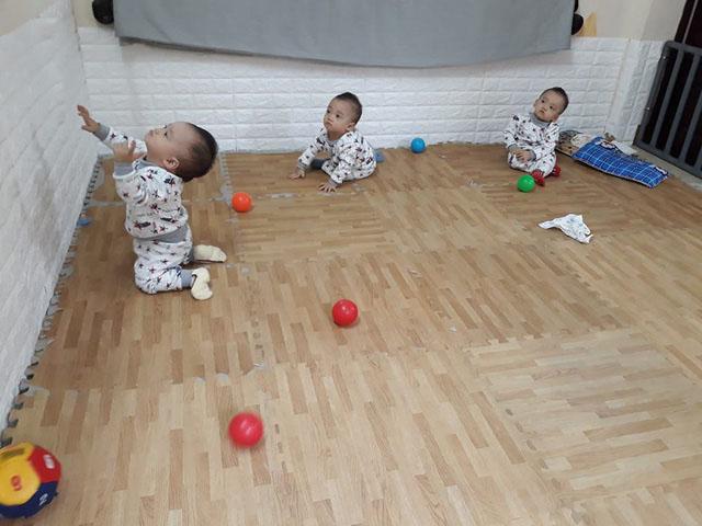 3 bé trai sinh cùng trứng - 200 triệu ca mới có 1 trên thế giới - bây giờ ra sao? - 4
