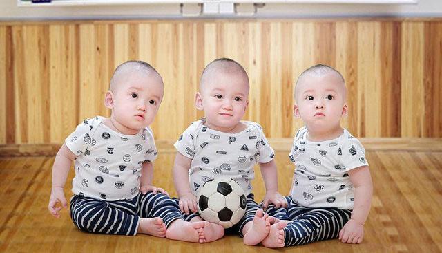 3 bé trai sinh cùng trứng - 200 triệu ca mới có 1 trên thế giới - bây giờ ra sao? - 8