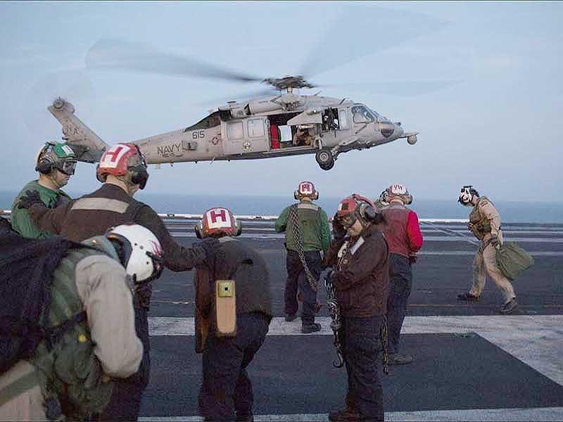 Uy lực siêu tàu sân bay Mỹ sắp đến Việt Nam - 3