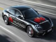 Biến chiếc ô tô thành xe tự lái với Huawei Mate 10 Pro