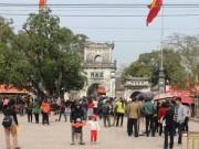 Thêm giám đốc điện lực đi lễ đền Trần giờ hành chính