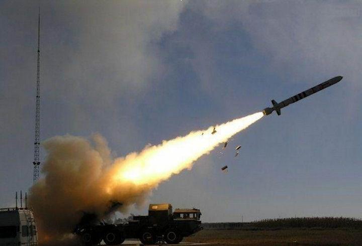 TQ tung video phóng loạt tên lửa tầm bắn bao phủ căn cứ Mỹ - 1