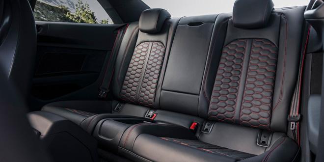 """Audi RS5 xuất hiện cực """"hài hước"""" trong video mới nhất của Audi. - 12"""
