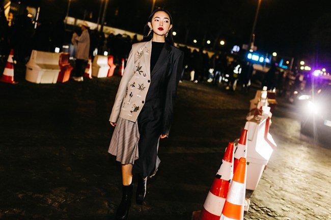 """Hot girl Hà thành Châu Bùi """"tầng tầng lớp lớp"""" áo quần tại Paris FW - 2"""