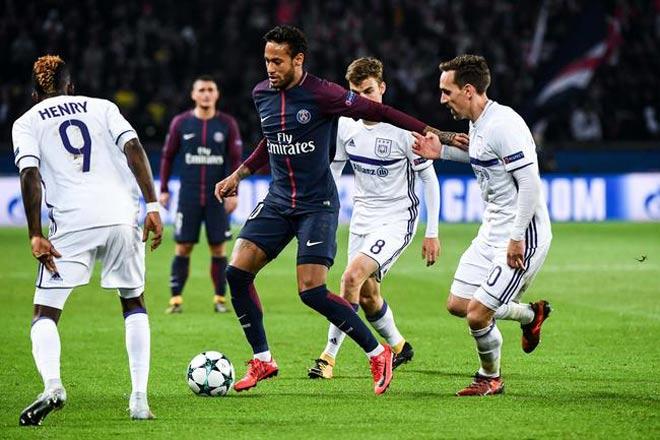"""""""Làm xiếc"""" với bóng: Neymar ăn đứt Messi, Ronaldo """"tầm thường"""" - 1"""