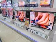 Có nên mua tivi, máy lạnh hàng trưng bày đang ồ ạt  xả  sau Tết?
