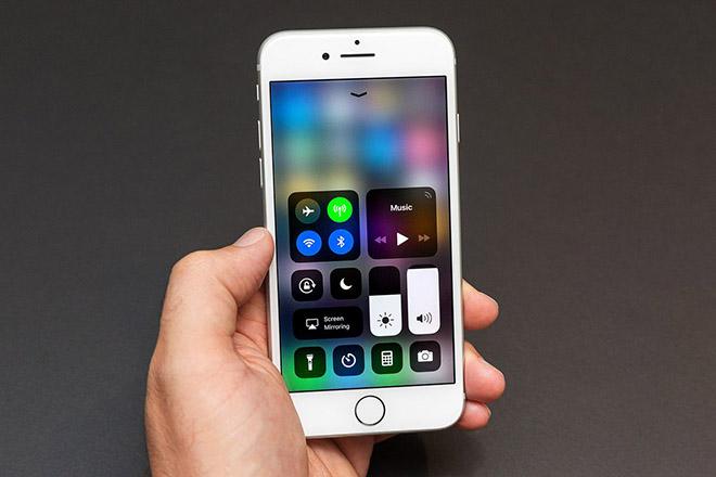 Tại sao các hãng di động đang khiến việc tắt Bluetooth khó khăn hơn? - 1