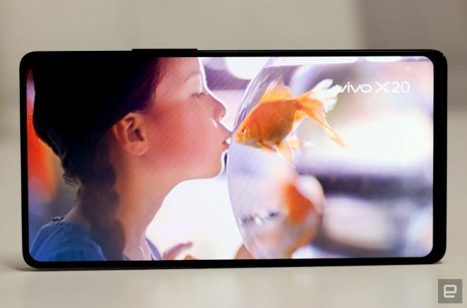 """Vivo khéo """"khoe"""" điện thoại đẹp hơn iPhone X, camera selfie ập mình - 4"""