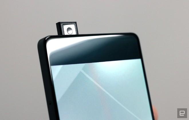"""Vivo khéo """"khoe"""" điện thoại đẹp hơn iPhone X, camera selfie ập mình - 8"""