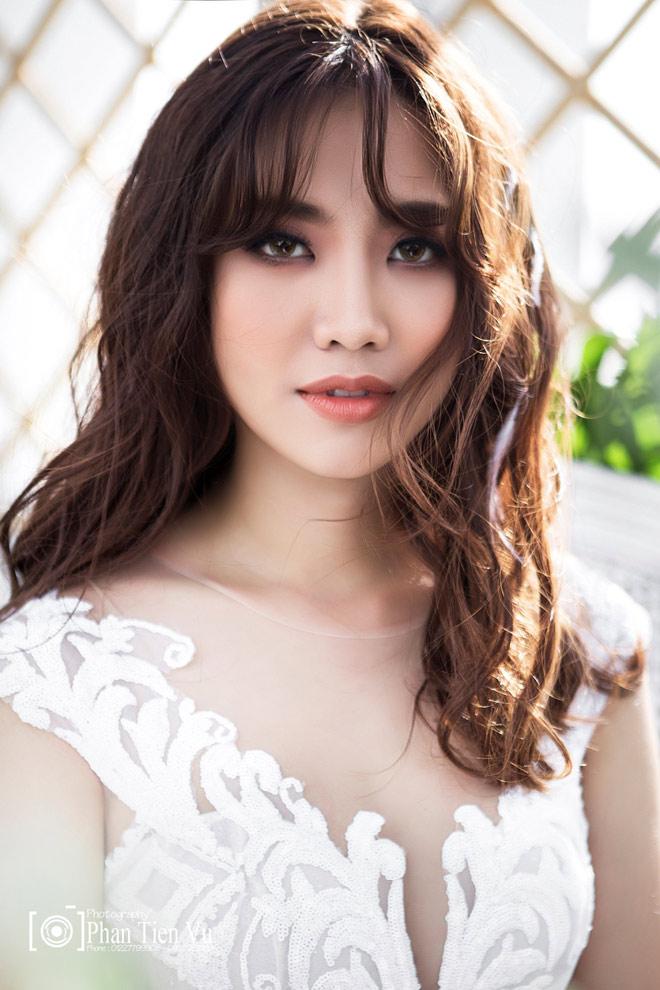 HH Biển Hoàng Ngân và Beauty Blogger An Phương đẹp mãi cùng LOTTE Mart - 2