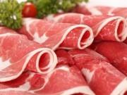 Thị trường - Tiêu dùng - Vì sao thịt bò Úc, Mỹ về Việt Nam có giá rẻ khó tin?