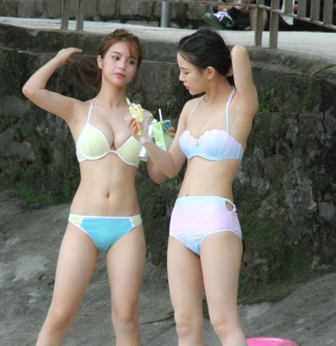 Thiên thần boxing lại gây sốc với màn cởi bikini, múa cột bốc lửa - 11