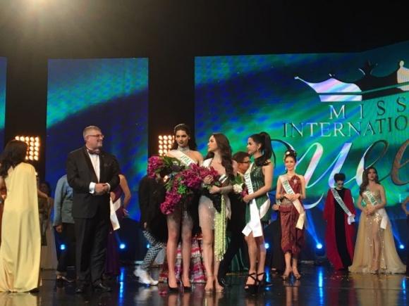 Hương Giang Idol thắng giải Tài năng tại Hoa hậu chuyển giới 2018 - 2