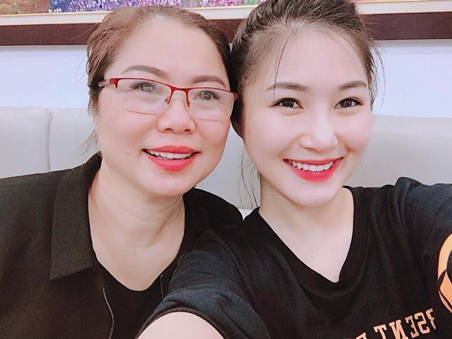 Ngỡ ngàng với 3 bà mẹ trẻ trung quyến rũ của mỹ nữ Việt - 11