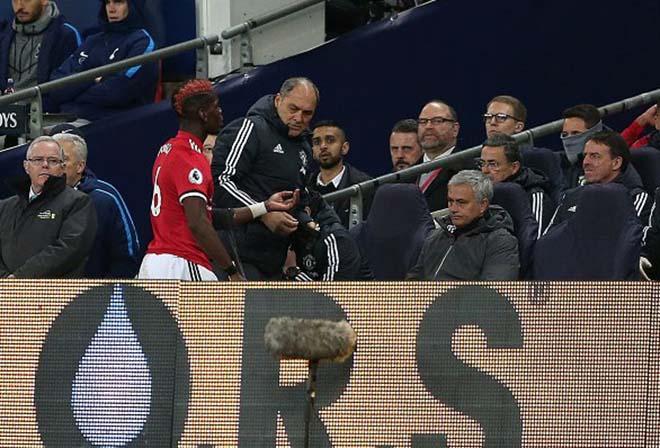 Pogba lộ chuyện cơ mật: Mâu thuẫn với Mourinho, âm thầm đào thoát đến PSG? - 2