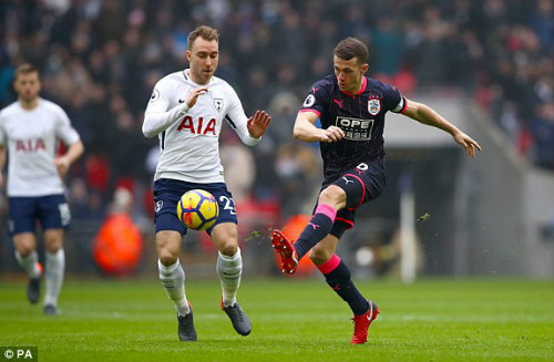 Chi tiết Tottenham - Huddersfield Town: Harry Kane kém duyên (KT) - 3