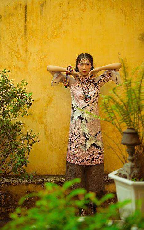 NTK Hùng Việt hoài niệm với áo dài ngày xuân của Hà Nội - 6