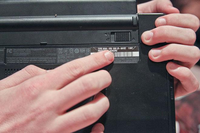 Cách tìm số serial máy tính xách tay để tải driver cần thiết - 1