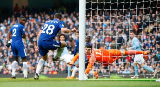 Man City - Chelsea: Sai lầm đầu hiệp 2, hú vía phút bù giờ - 1