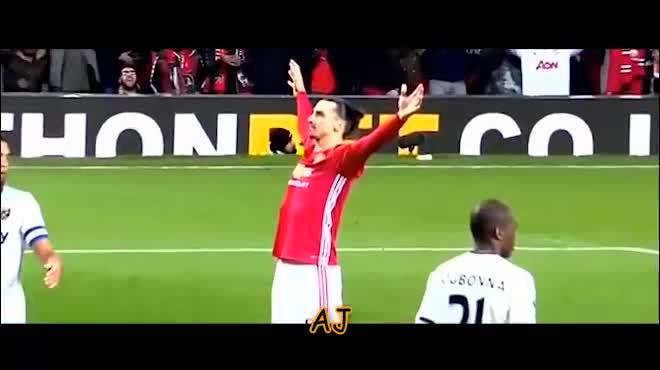 """Ibrahimovic: Dính líu cá độ, MU """"nuôi báo cô"""" gần 6 tỷ đồng/tuần"""