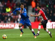 """Southampton - Stoke: Mãn nhãn chung kết ngược, thủ môn  """" hóa thánh """""""
